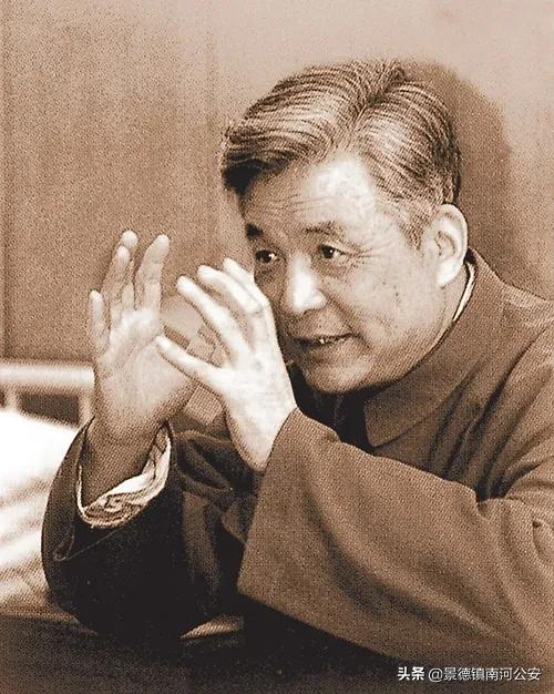 """""""消失""""28年,名字都是机密!去世前夕,中央军委才将他解密!"""