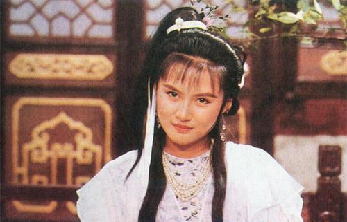 新鹿鼎记开播,唐艺昕演建宁公主上热搜,这7个版本你最喜欢谁?