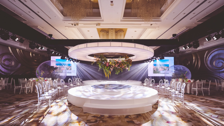 上海波特曼丽思卡尔顿酒店「 爱 ∞ 无限 」概念主题婚礼展圆满落幕