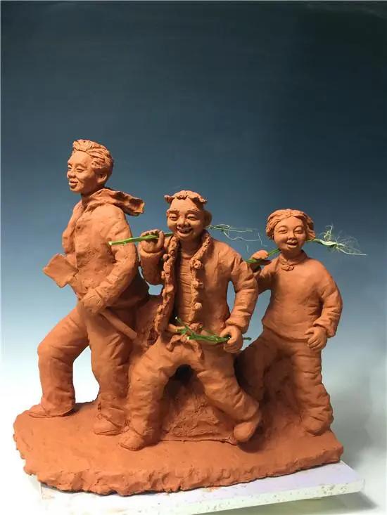 郸城:张振福创作泥塑《焦裕禄·兰考情》献礼建党100周年