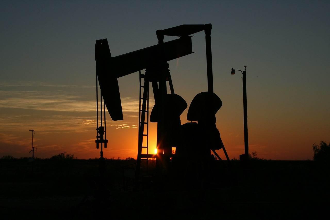 卖石油的大规模抢滩新能源?中石化要抢电动车生意到底为哪般?
