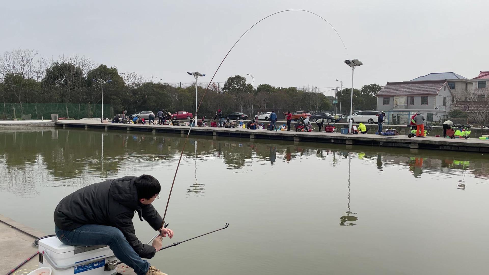 超过6.3米的钓鱼竿为什么总是不满意?野钓长竿应该如何选择?