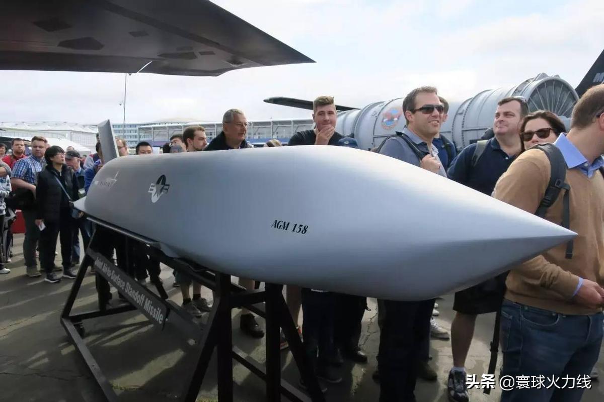 蔡英文穷兵黩武,向美国求购空射型远程对地导弹,矛头直指解放军