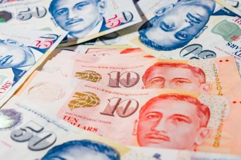 新加坡纸币上印刻了8位人物,其中有一位是中国人,他到底是谁?