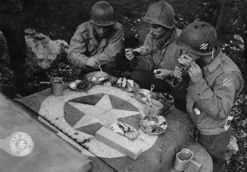 看看土豪都吃啥?说说朝鲜战场上的美军伙食