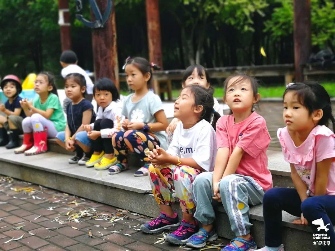 抓马宝贝:我们在玩耍中学习与世界相处