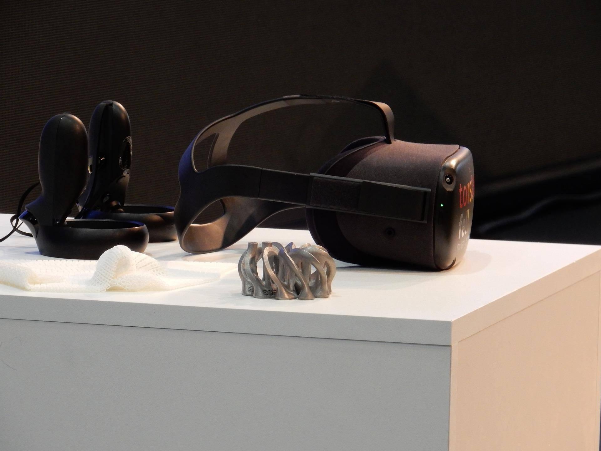 VR游戏新体验!微软黑科技:通过机械装置让VR有触觉