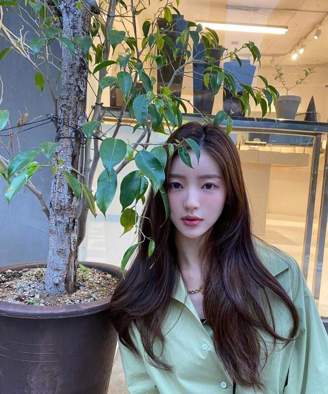 甜酷自在的韩国博主ziyooni洪智允 有颜又有衣品 太爱了