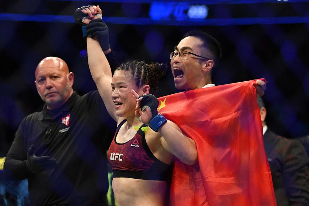 UFC最新排名:张伟丽列所有女拳手第二,击败罗斯望成世界第一