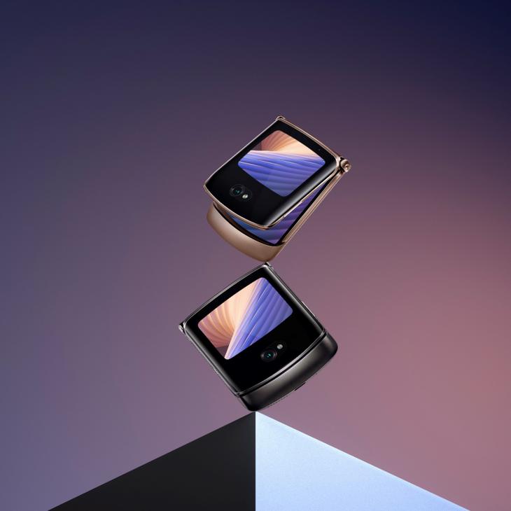 12499元!中国发行版摩托罗拉手机Razr 可折叠手机宣布公布
