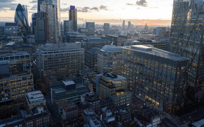 英国房价8月突破历史新高!柬埔寨资本8.6亿买下伦敦大楼