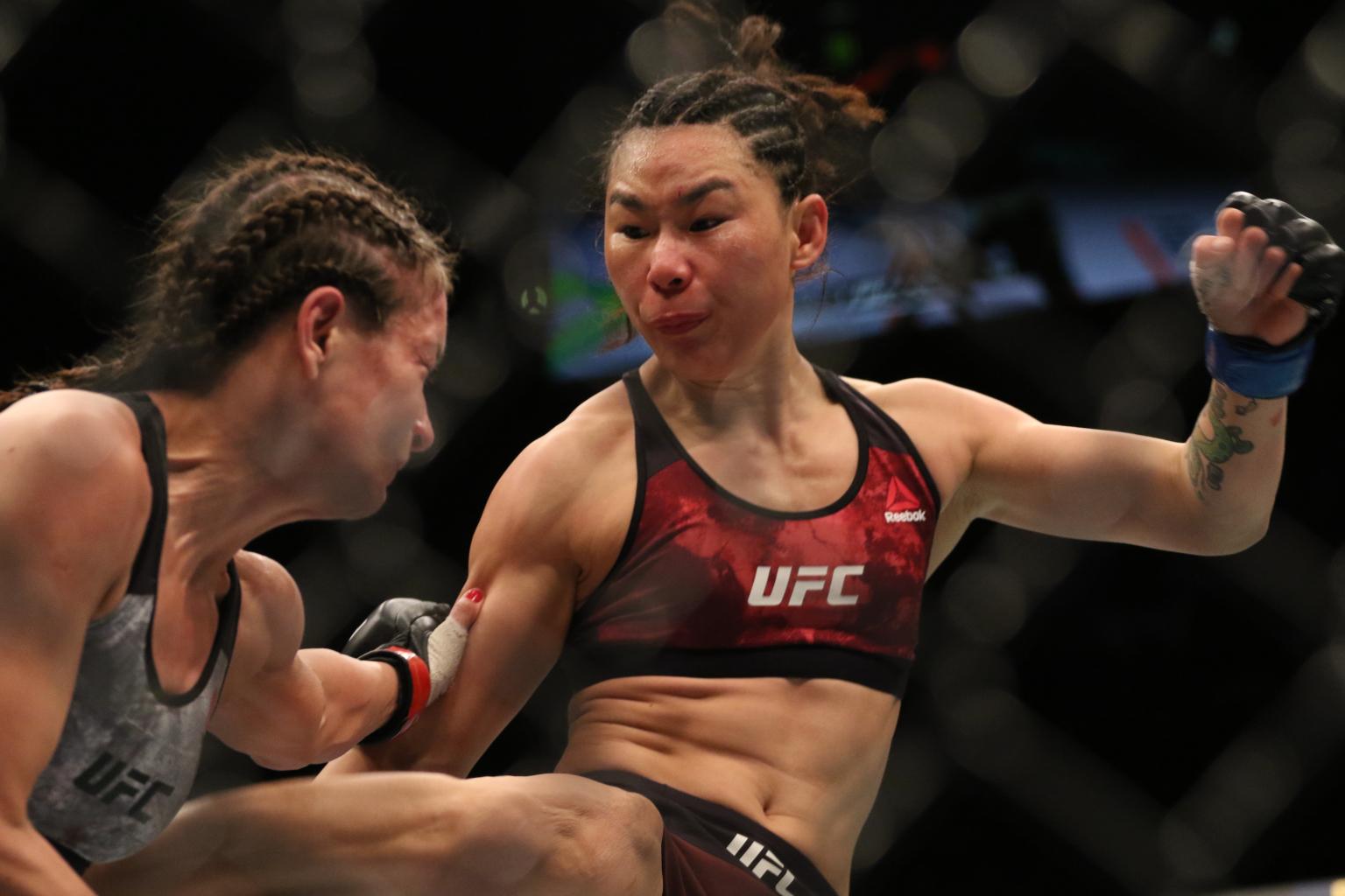 闫晓楠自称比张伟丽更漂亮更有冠军相,专家:技术全面但缺乏重拳