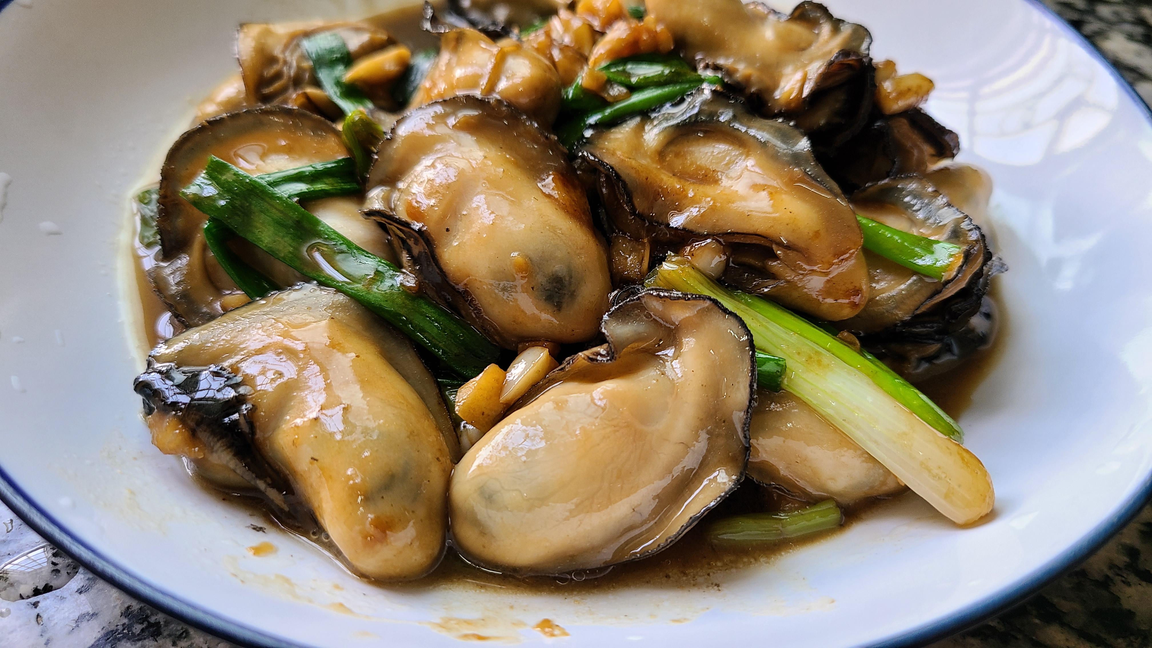 广式炒生蚝原来这么好吃,家常做法味道鲜美,看着就馋了 美食做法 第11张