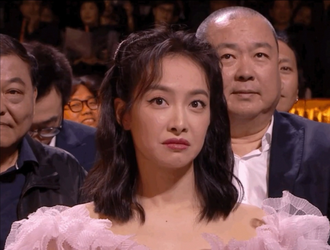 女明星们的表情管理为什么绷不住了,网友:已经放弃治疗