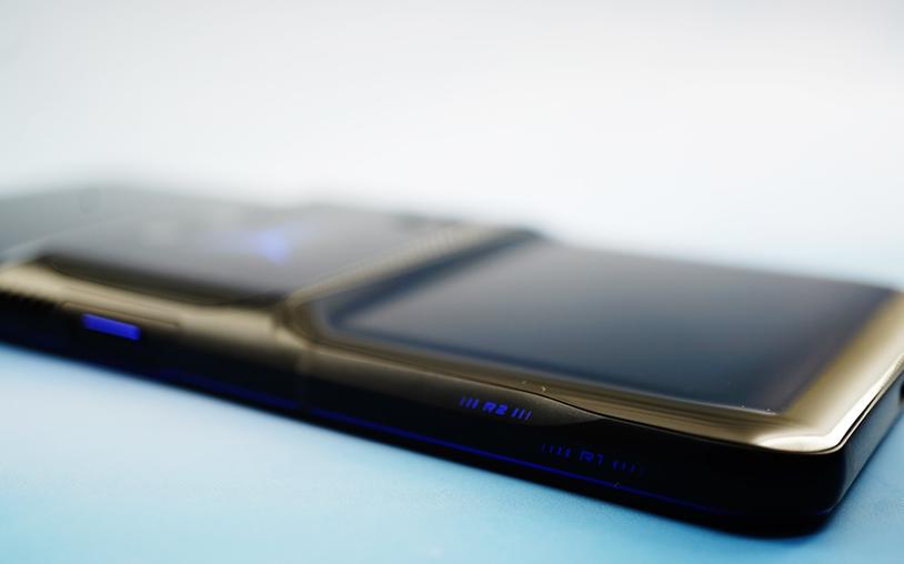真正为游戏打造的手机,拯救者电竞手机 2 Pro 动手玩