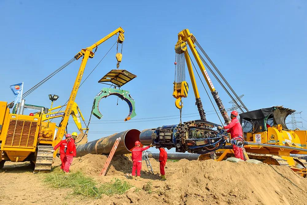 中国石油加快推进 重大技术装备国产化