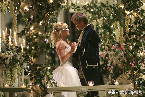 《灰姑娘的故事》:嫁给王子原来不是童话