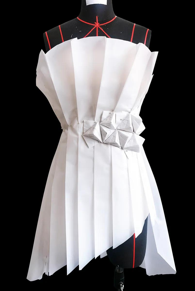 圣玛丁师生立体裁剪作品——高级服装的创意结构与三维立体造型