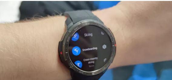 华为荣耀品牌发布新智能手表,对户外冒险者特别有吸引力,买吗?