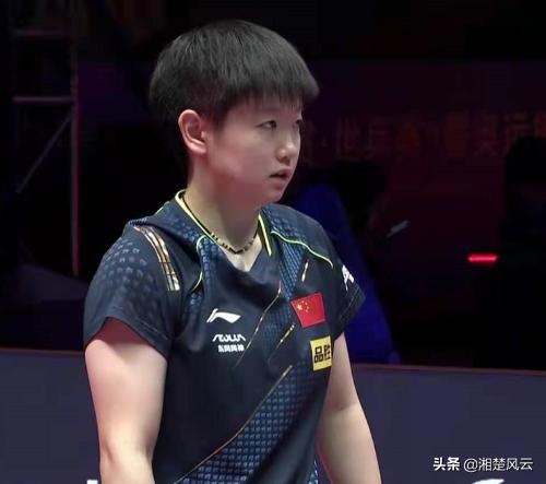 孙颖莎两场女单比赛4-3险胜,状态低迷令人担忧,问题出在哪?