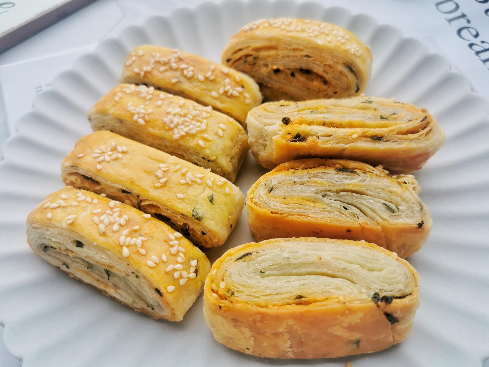 千層酥餅的簡單做法,無需揉麵,層層酥脆,孩子迷上這早餐了