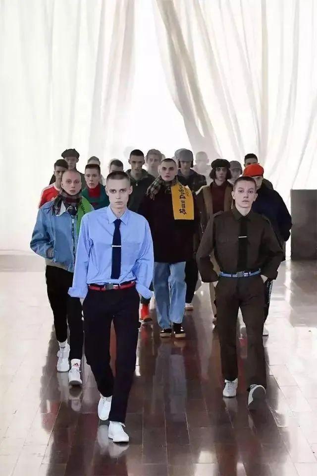 想踏入时尚圈,这几个战斗民族的潮牌必知
