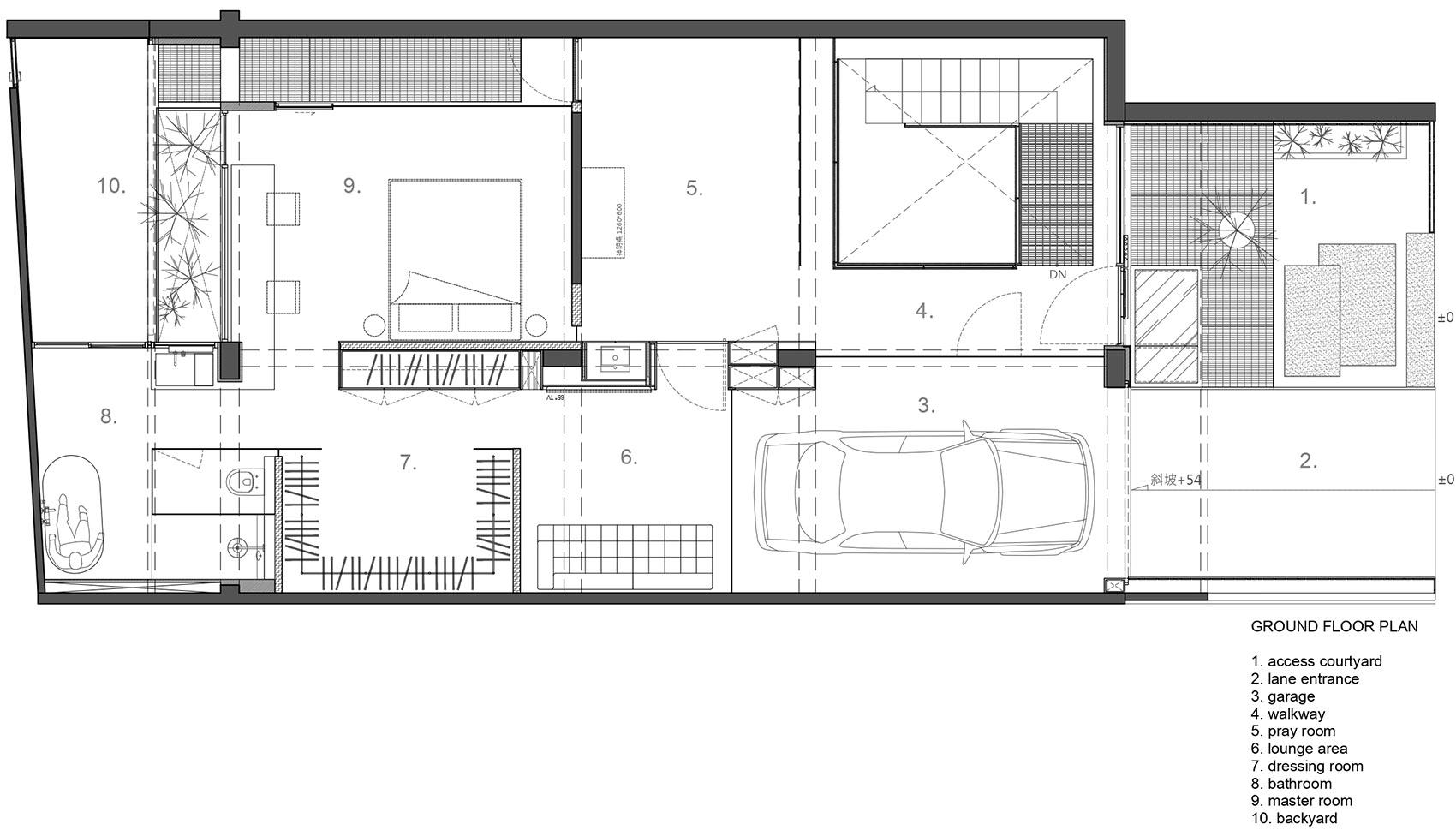 设计师巧用天井,原本闲置40年的地下室,硬被爆改成庭院别墅