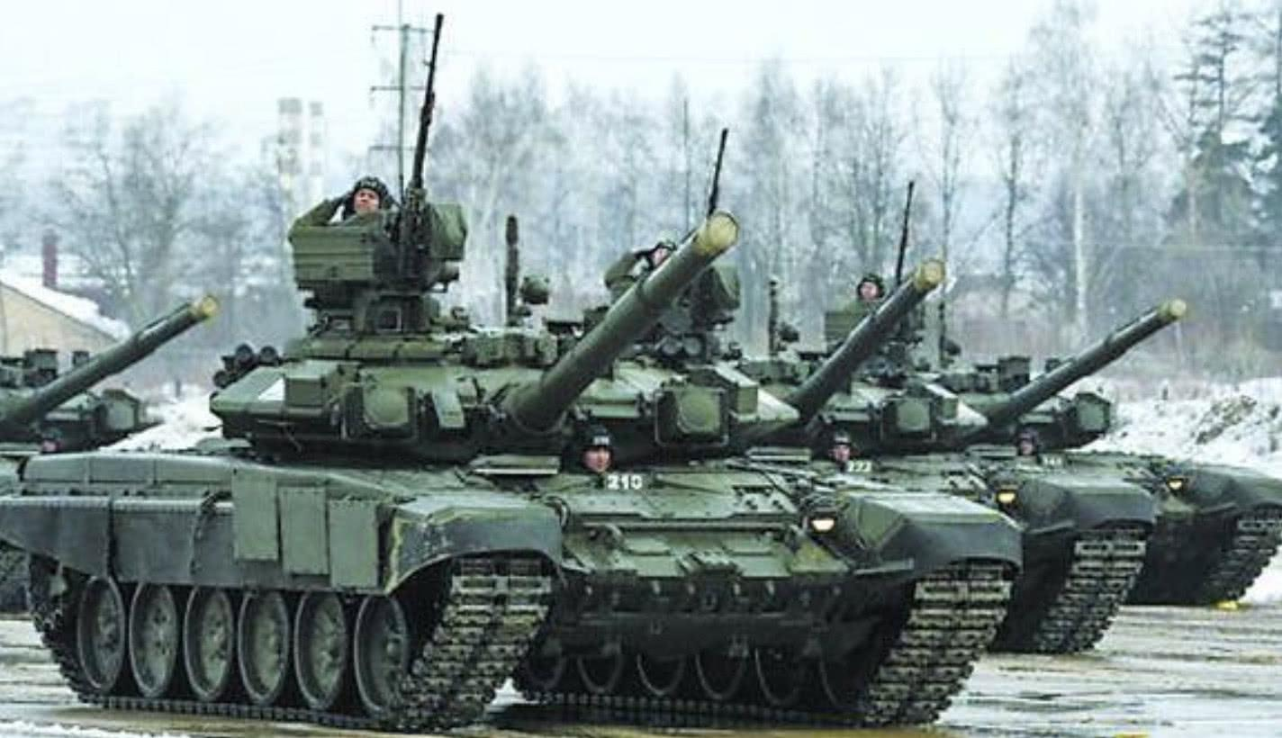 中苏81军演,发动50万钢铁洪流与10万大军,为何仅相隔10天举行?
