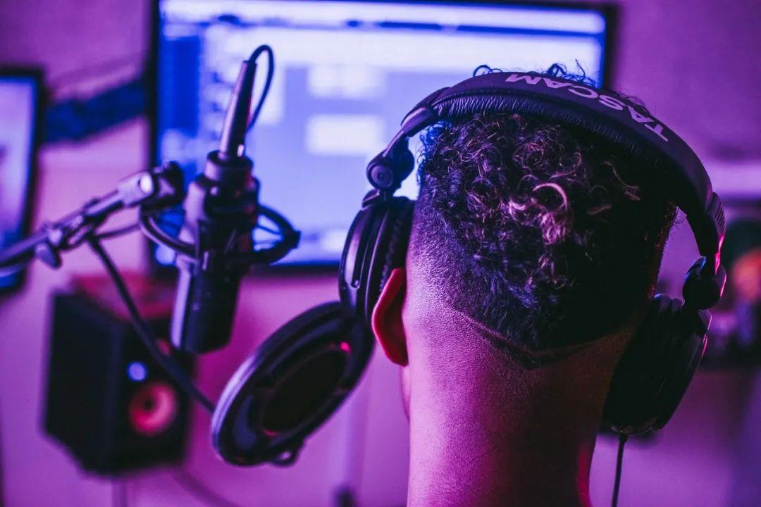 QQ音乐、网易云、荔枝上线播客产品,它会是下一个公众号吗?