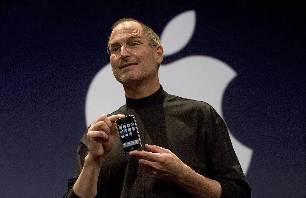 写在苹果发布会后:回顾苹果往届发布会,还记得这些经典瞬间吗?