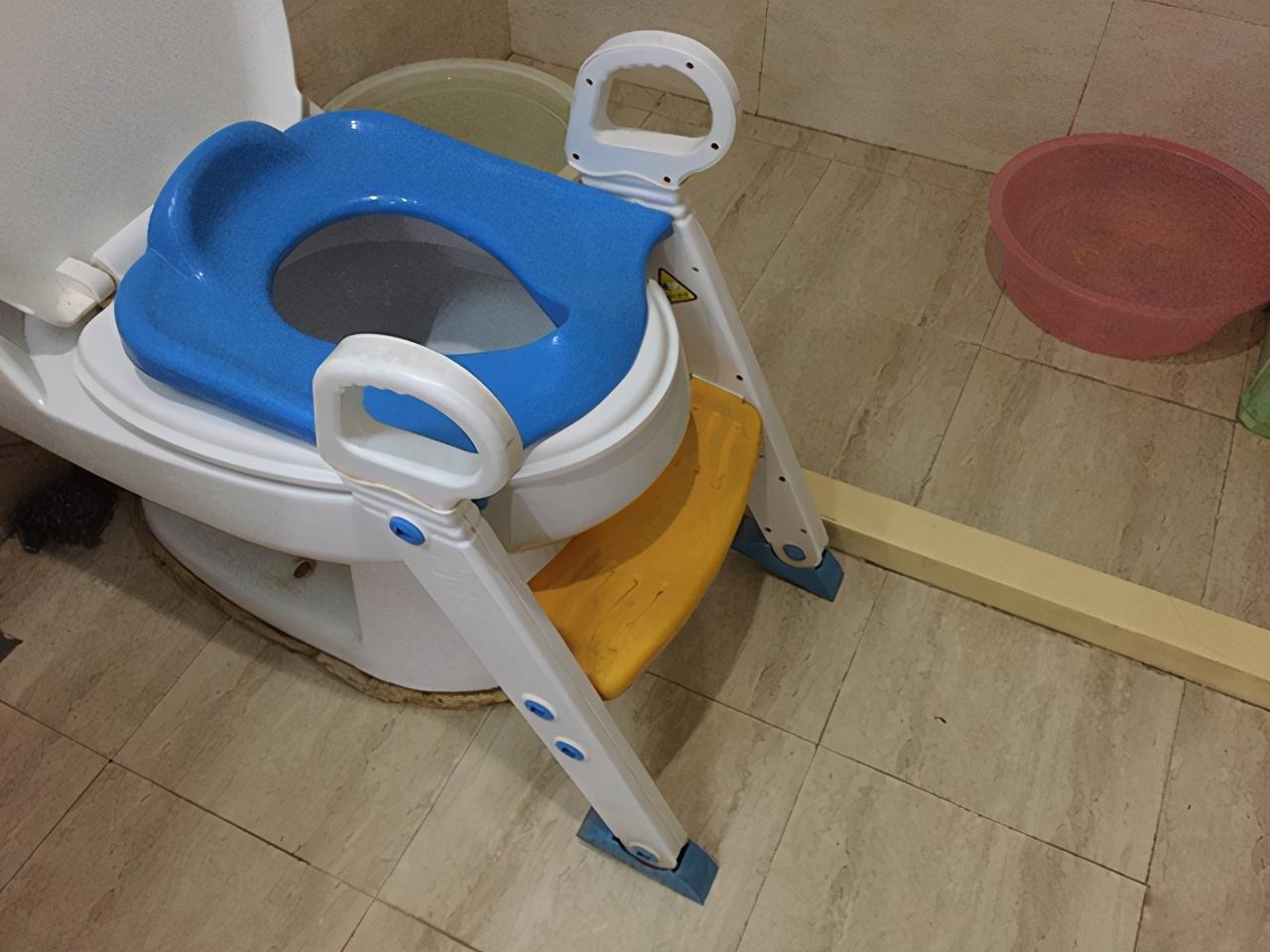 """为让宝宝""""戒掉""""纸尿裤,宝妈花了大半年时间,如厕训练有多难?"""