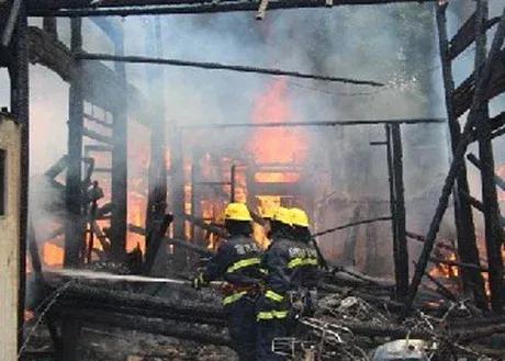 男子报警称4个妖精放火烧了他家!离奇古怪