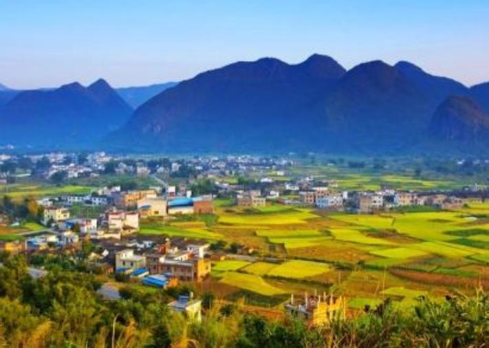 广东省一个县,人口超40万,距河源市107公里!