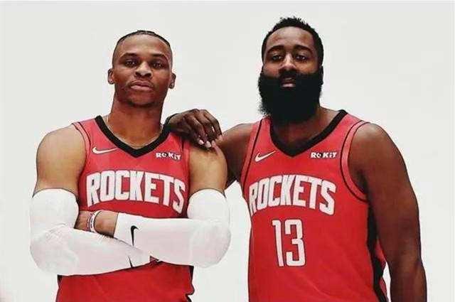 NBA一早晨3新闻!火箭生意威少,乔治再引争议,詹姆斯续约湖人