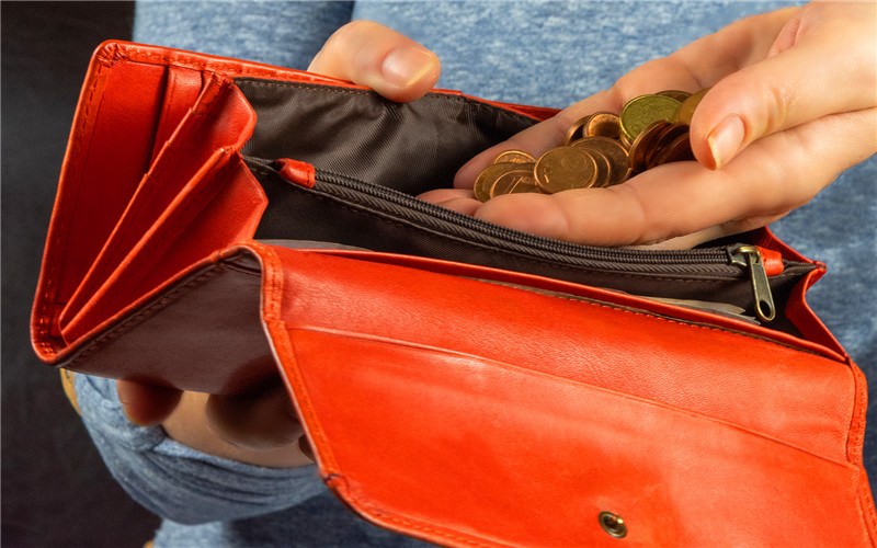 53岁的人,现在做什么小生意,能3年内把100多万债务还清?