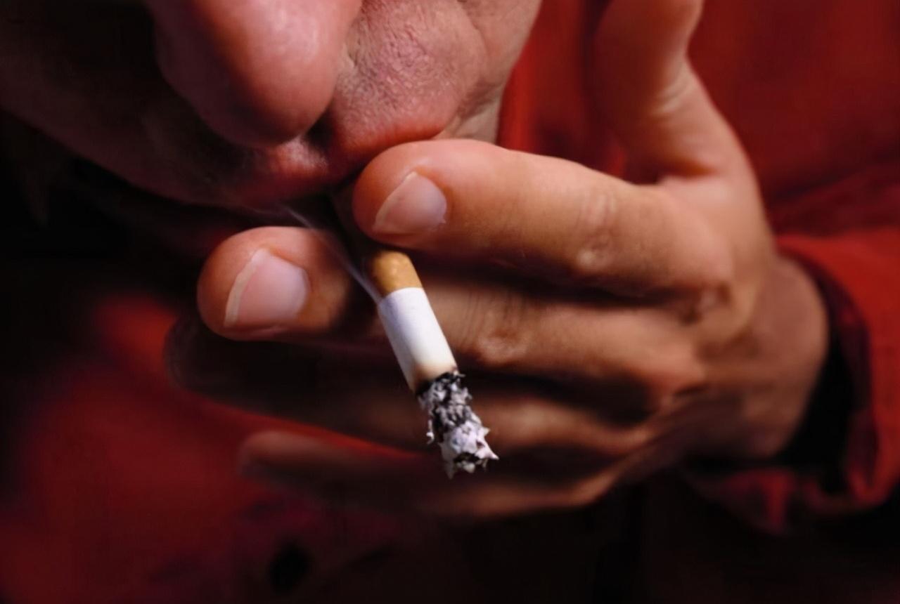 """烟民们""""醒醒""""!一类烟或将迎来""""涨价潮"""",未来还抽得起吗?"""