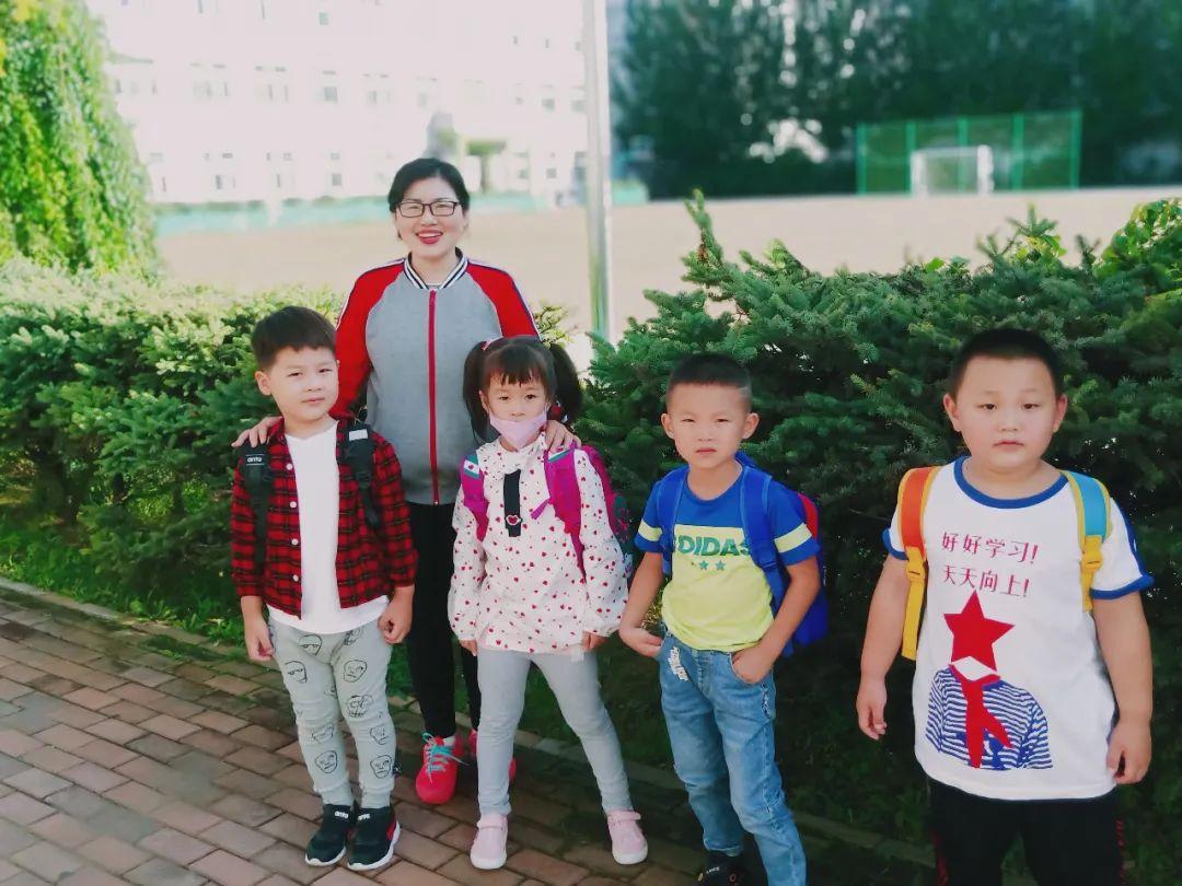 """""""时光恰好,初秋相见""""——万邦爱心幼儿园开学第一周"""