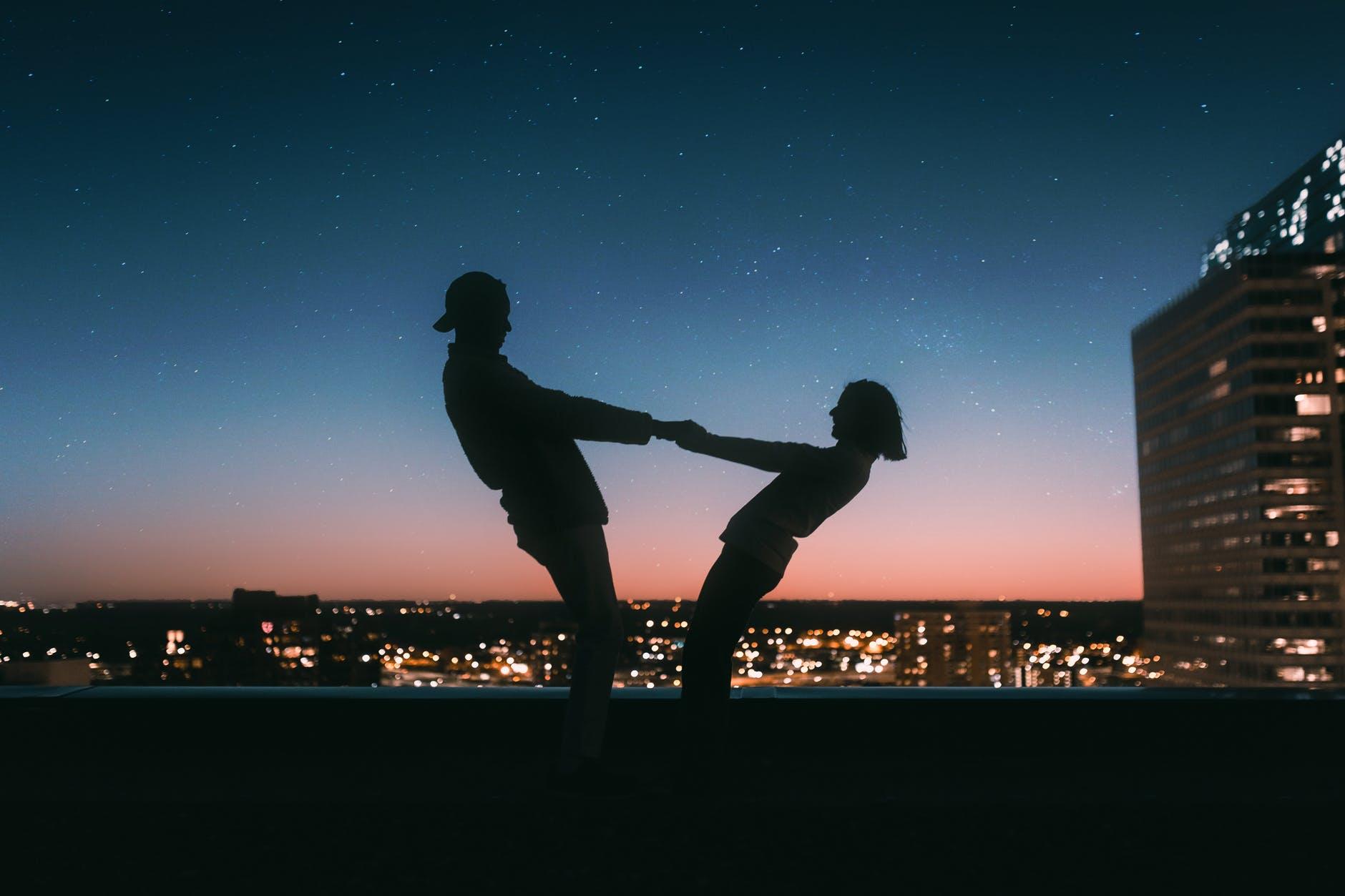 婚姻不幸福,夫妻關係愈演愈烈,說一個你沒有察覺到的主要原因