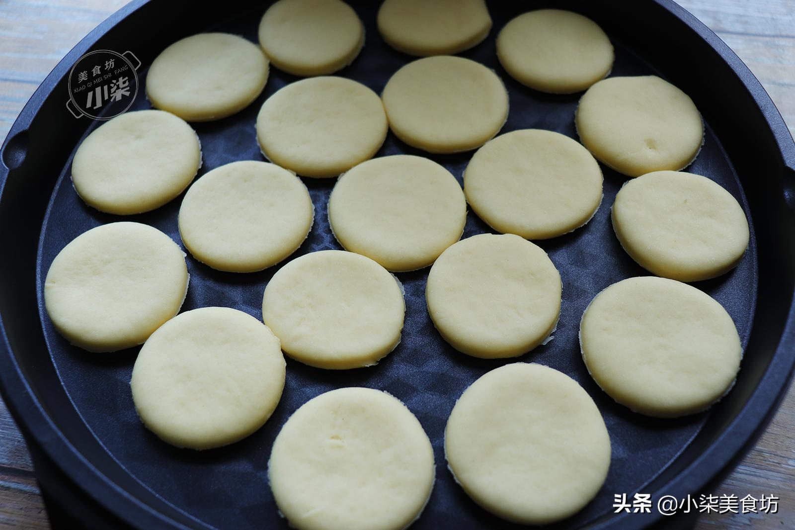 牛奶小餅這種做法火了,不加水不加油,好吃營養易消化,太香了