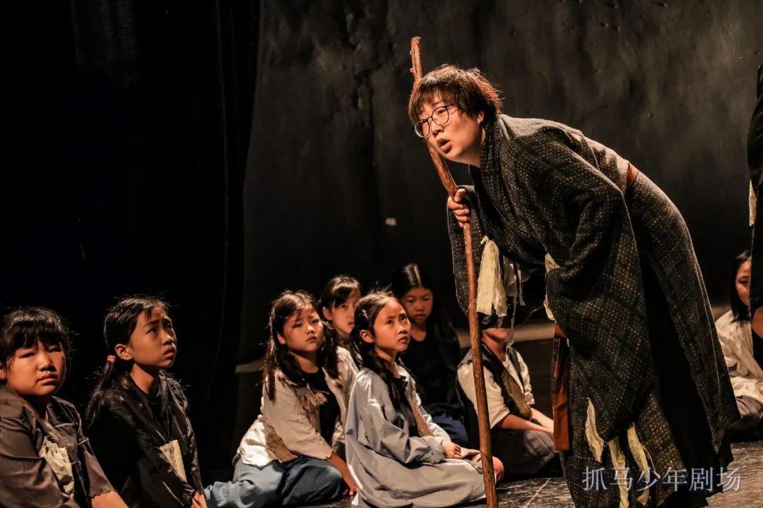 「抓马教育」小雪:多角色多维度,织起与孩子连接的那张网