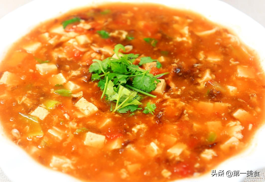 冬天快速喝汤秘籍  10分钟喝上暖冬番茄豆腐汤