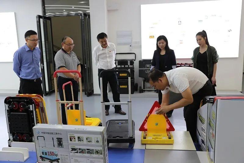 省检察院领导刘牧走访部分阳江籍省人大代表,并到挂点基层院调研指导工作
