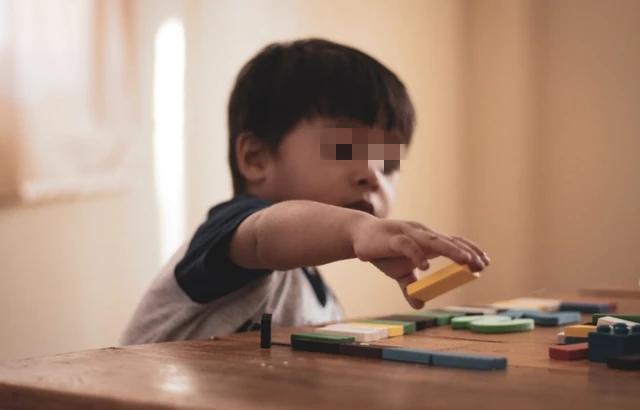 """孩子头顶上""""旋""""的个数代表什么?并非性格不同,父母要了解原因"""