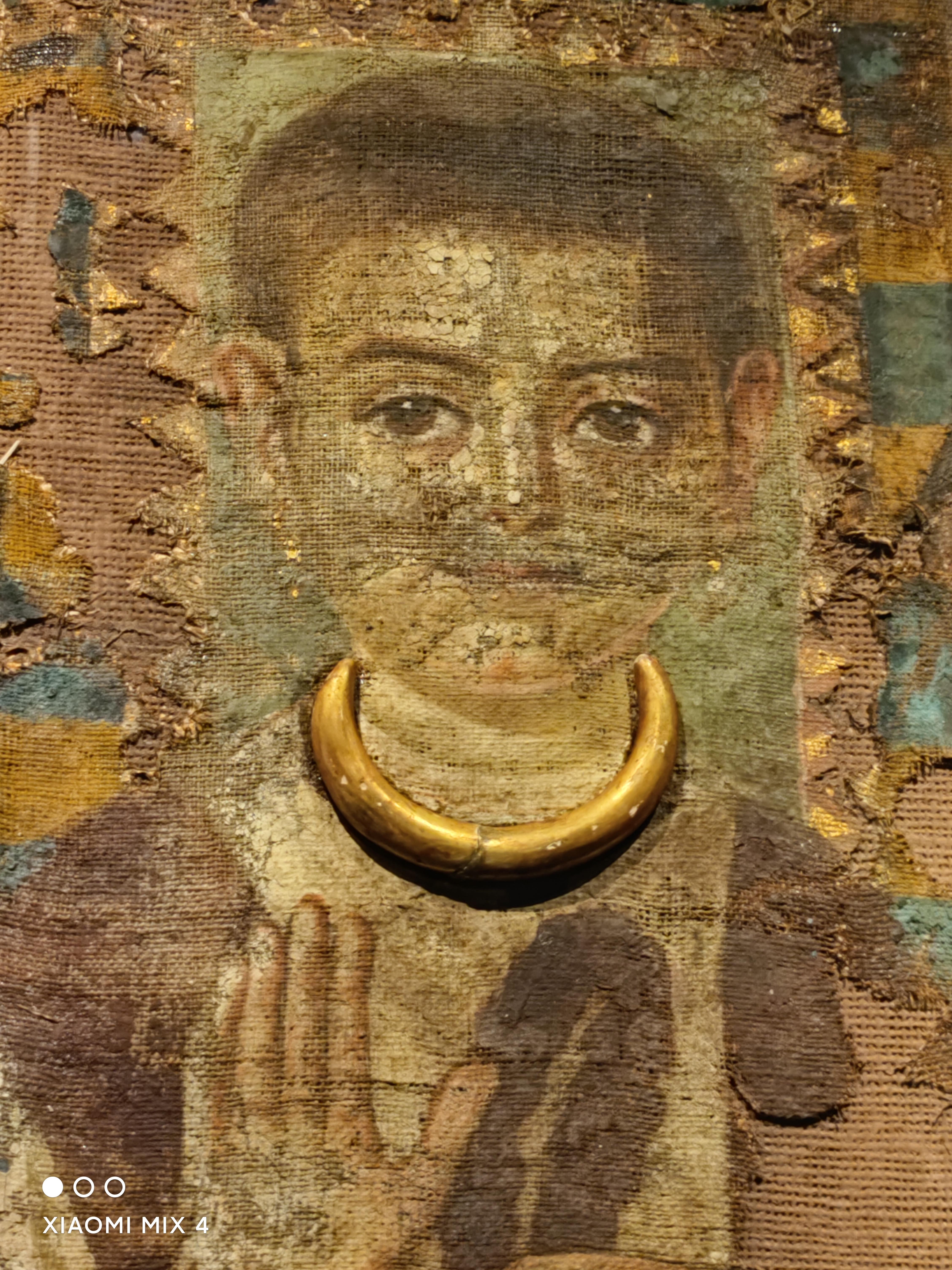 黄金木乃伊实拍:107件稀世文物用小米MIX 4带你穿回神秘古埃及