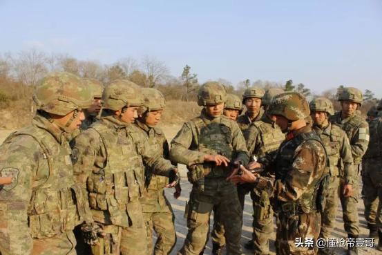 2021年中国军费1.35万亿元,这么多钱用到了哪里?