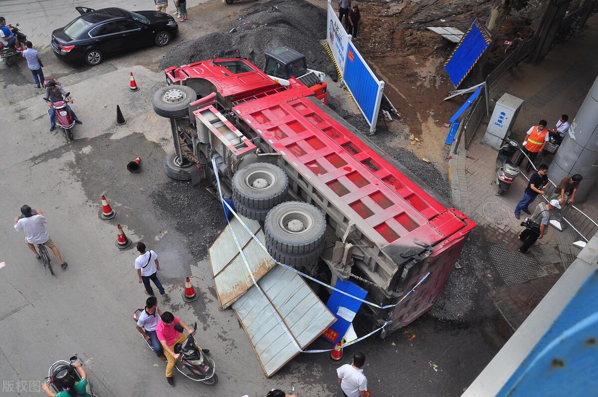 卡车司机金德强服毒身亡背后:一个行业的苦痛与哀愁