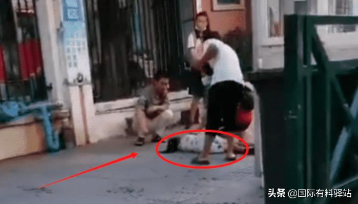 广东发生砍学生事件致2死,嫌疑人患抑郁症,已自杀身亡