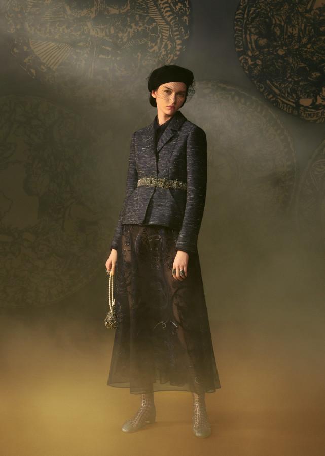DIOR拍出极梦幻塔罗时装 塔罗牌女祭司、恶魔服装仙气爆棚  第14张