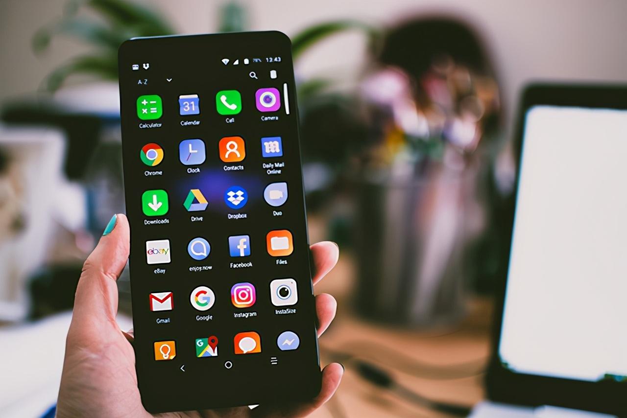 """手机""""系统更新""""自动弹出,可以不更新吗?用户:后悔已来不及"""