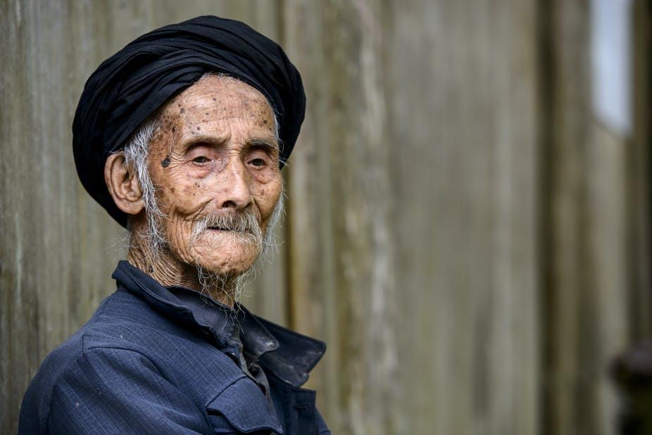 你能活多久?人類壽命上限或為150歲,哪些因素限制了你的壽命?